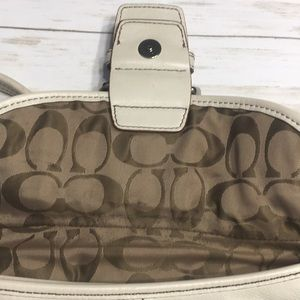 Coach Bags - Off White Coach Hobo Shoulder Bag